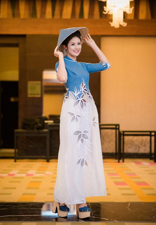 hh ngoc han long lay lam vedette cho ntk minh hanh - 4
