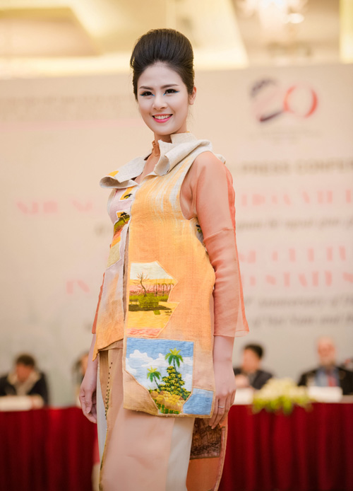 hh ngoc han long lay lam vedette cho ntk minh hanh - 9