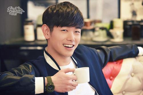 """bat ngo truoc nhung """"my nam trong mong"""" cua fan han - 2"""