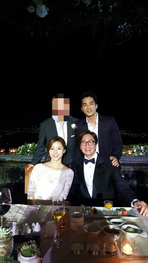 song seung hun khoe anh dam cuoi bae yong joon - 1