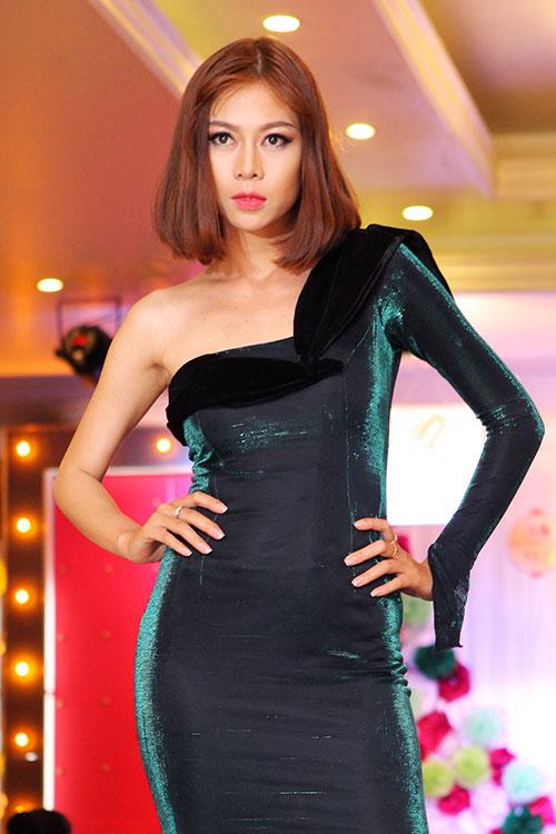 truong hai van lan dau chung san khau voi trieu thi ha - 10