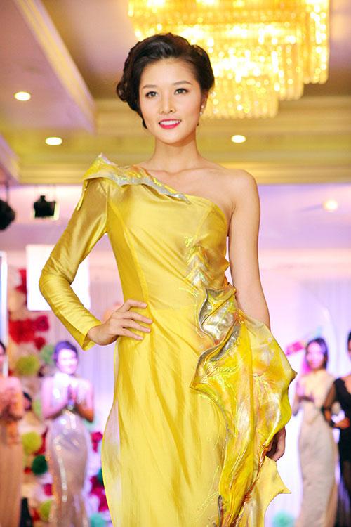 truong hai van lan dau chung san khau voi trieu thi ha - 7
