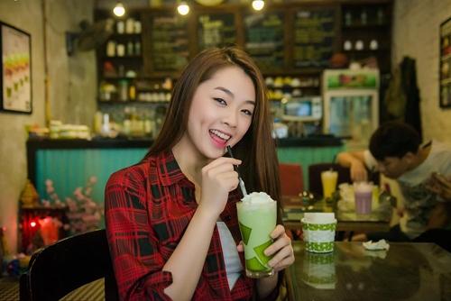 hot girl vietnam idol 2015 khoe ve quyen ru trong mv moi - 4