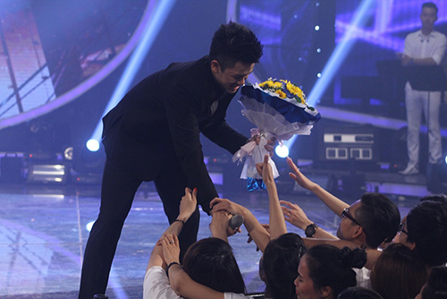 trong hieu tro thanh quan quan vietnam idol 2015 - 4