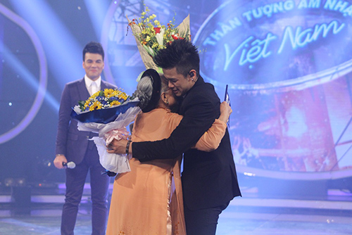 trong hieu tro thanh quan quan vietnam idol 2015 - 5