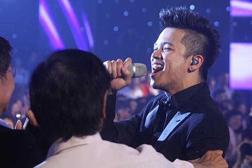 trong hieu tro thanh quan quan vietnam idol 2015 - 7