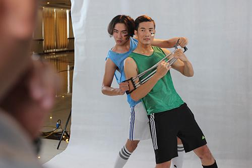 vntm 2015: thi sinh thua nhan dong tinh va bi bao hanh - 2