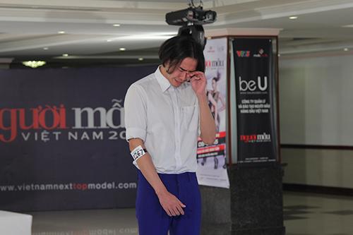 vntm 2015: thi sinh thua nhan dong tinh va bi bao hanh - 4