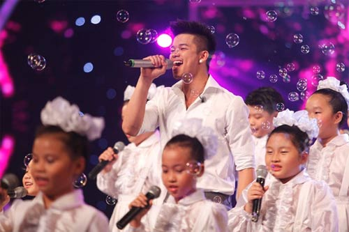 """hanh trinh """"len ngoi"""" cua trong hieu o vietnam idol 2015 - 14"""