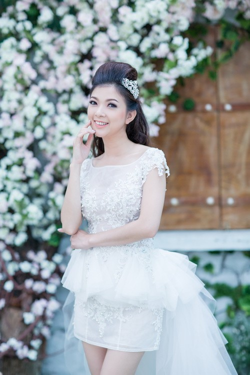 """pham thanh thao khoe """"anh cuoi muon"""" ben chong - 12"""