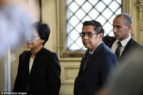 tim kiem mh370: phat hien chai nuoc tu malaysia, dai loan - 7