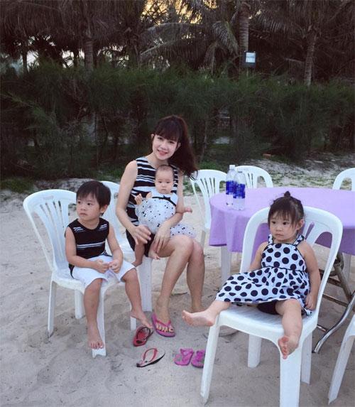 "cap song sinh nha hong nhung ""sanh dieu"" di uong tra - 14"