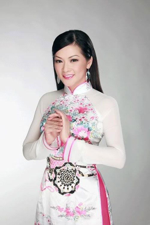 """nhan sac """"ngan nam khong doi"""" cua ca si nhu quynh - 1"""