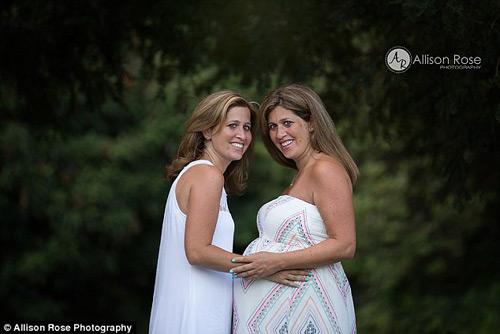 chuyen la: em gai song sinh mang thai ho chi - 4