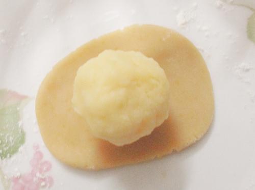 Bánh Trung thu nướng nhân custard đầy hấp dẫn-3