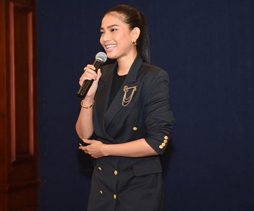 pham huong khoe sac tai hh hoan vu viet nam 2015 - 11