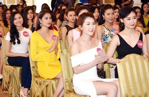 pham huong khoe sac tai hh hoan vu viet nam 2015 - 3