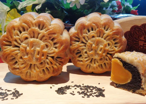 Cách làm bánh Trung thu nhân mè đen thơm ngon-16