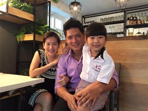 """em gai mai phuong thuy """"nhong nheo"""" doi chi cong - 8"""