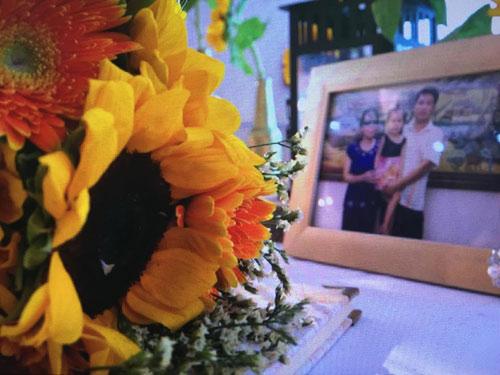 Nghẹn ngào hôn lễ của đôi vợ chồng 10 năm không cưới-3