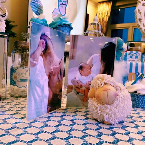 Khánh Thi - Phan Hiển tổ chức tiệc đầy tháng cho con - 4