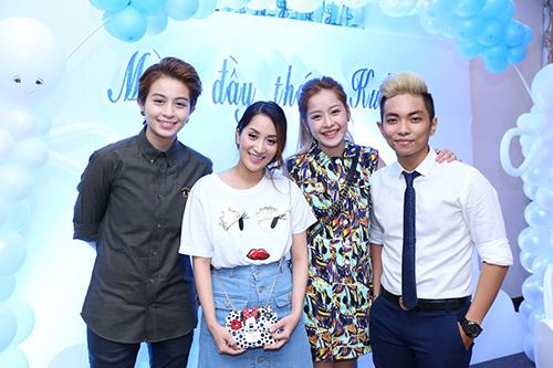 Khánh Thi - Phan Hiển tổ chức tiệc đầy tháng cho con - 12