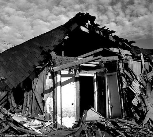 Brad Pitt xây nhà cho 109 hộ gia đình mất nhà sau cơn bão-9