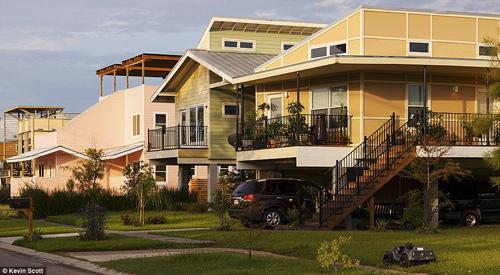 Brad Pitt xây nhà cho 109 hộ gia đình mất nhà sau cơn bão-13