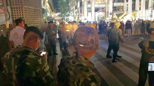 Nổ bom chấn động thủ đô Bangkok, hàng trăm người thương vong - 7