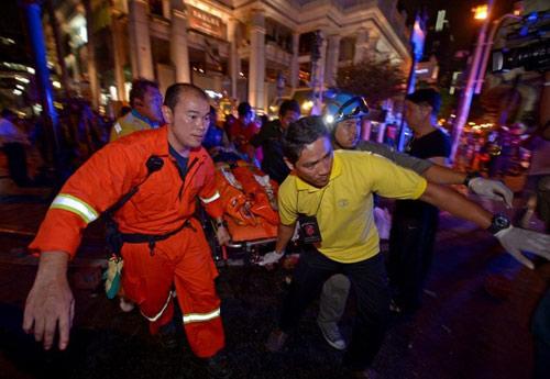 Nổ bom chấn động thủ đô Bangkok, hàng trăm người thương vong - 9