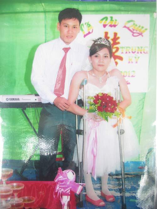 Chuyện tình chàng trai đòi tuyệt thực cưới cô gái khuyết tật-1