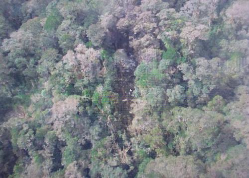 Máy bay Indonesia 'vỡ tan', không có người sống sót-2