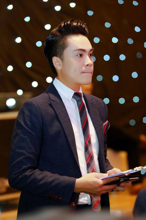 MC Thái Dũng thân thiết Lưu Hương Giang tại sự kiện-1