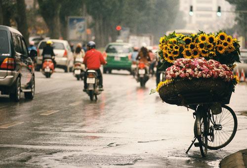 Hà Nội giảm nhiệt, chiều tối có mưa dông-1