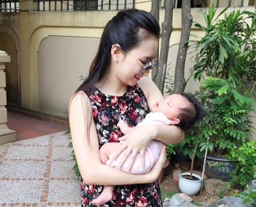 "Mẹ eo thon ngay sau sinh 6 tuần nhờ ""nằm muối""-1"