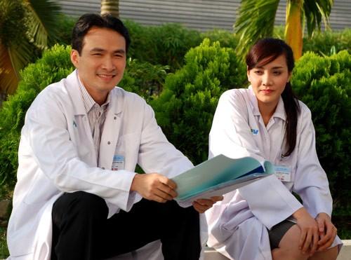 Mỹ nam điện ảnh Việt tay ngang làm MC với cát-xê cao-9