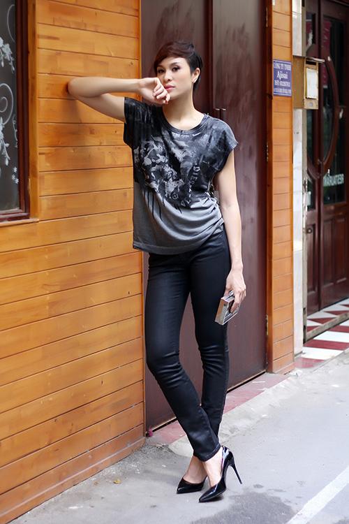 phuong mai khoe chan thang tap cung toc tem - 4