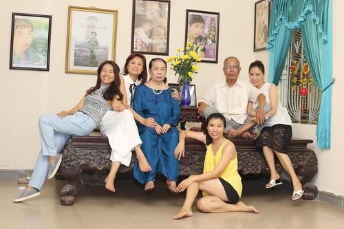 """long nhat khoe 4 co em gai """"hoc rong, tai cao"""" - 9"""