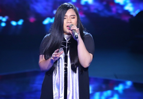 "the voice 2015: mr dam loai co gai ""vua an keo vua hat"" - 9"