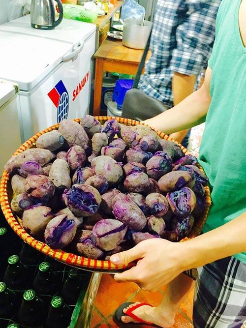 nguoi ha noi mua khoai lang ung ho nong dan vinh long - 11
