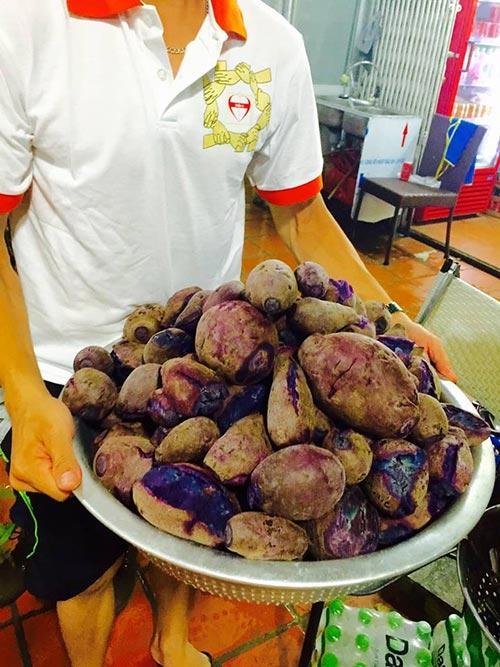 nguoi ha noi mua khoai lang ung ho nong dan vinh long - 10