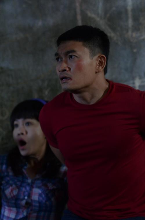 """a hau diem chau dong vai """"lo co bau voi dai gia"""" trong phim moi - 8"""