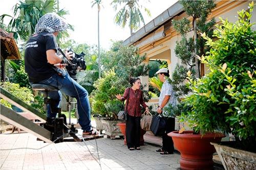 """le phuong """"tai hop"""" quy binh trong phim moi - 7"""