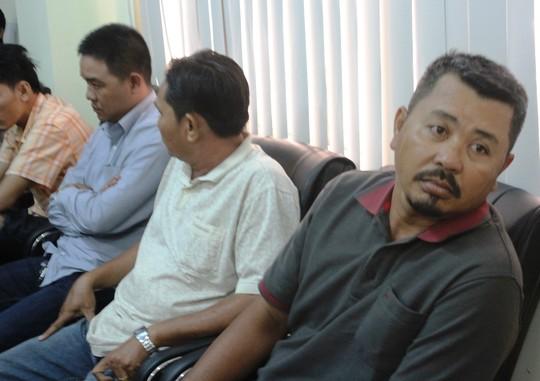 """triet pha duong day ban logo """"xe vua"""" cuc lon - 2"""