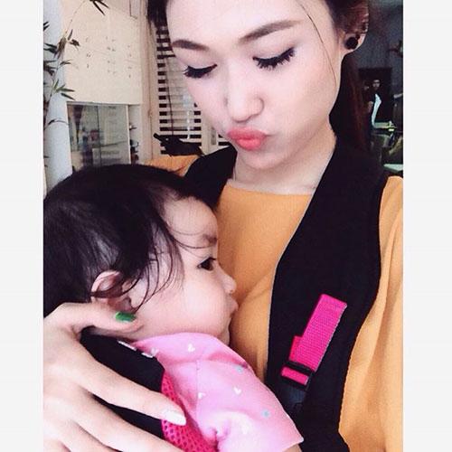 hotgirl 9x lam single mom: 'la phu nu hay nghi thoang len' - 11