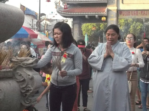 hoi an ruc sang hoa dang song hoai mung le vu lan - 10
