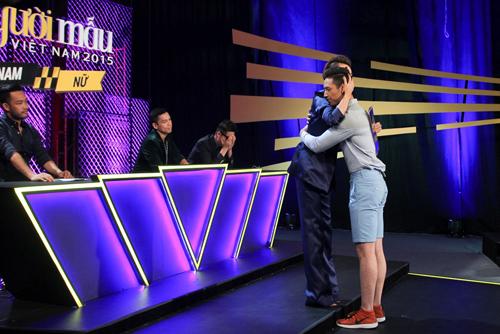 """vntm2015 tap 5: top 11 hoa """"nguoi rung"""" tao dang voi khi - 14"""
