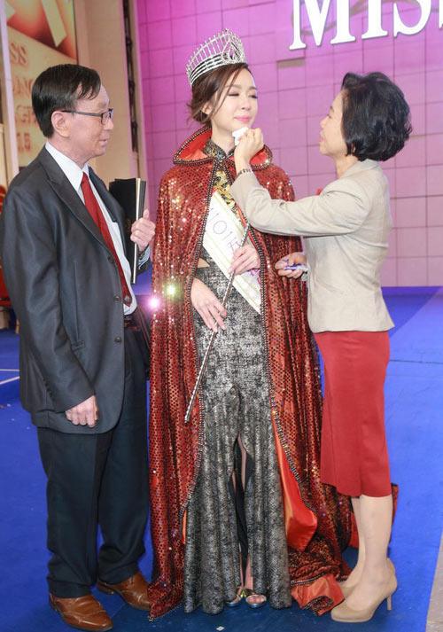 tan hoa hau hong kong khong ho then du chi cao 1m63 - 4