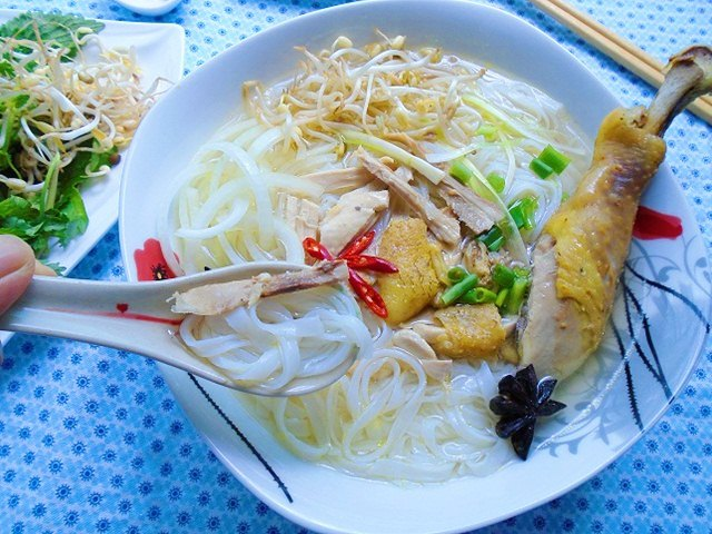 bua sang thoa the thuong thuc pho ga tai nha - 8