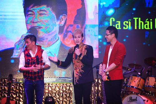 hh giang my bat ngo len san khau hat tang nguyen vu - 7